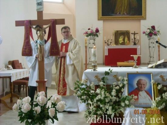 дитяче свято у костелі (3)