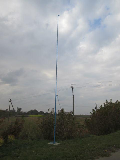 зірвані прапори у Здовбиці (2)