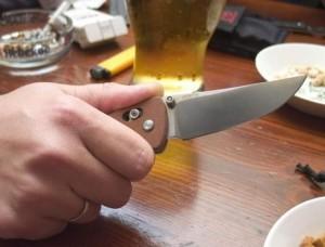ножові поранення