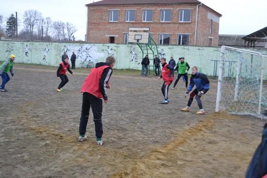 футбол зимовий міні 251215 (3)
