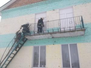 рятувальники відпрацювали тактичні прийоми гасіння пожеж в школі