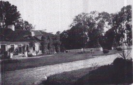 фасад маєтку Карвицьких_NEW
